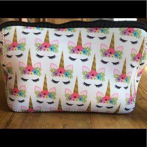 Handbags - NWT Unicorn Makeup Bag